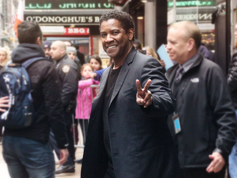 Denzel didn't get the memo: Researchers warn of fingerprint theft from 'peace' sign