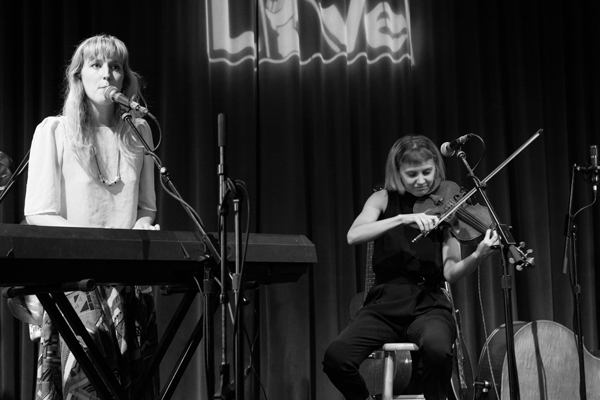 Gracie and Rachel Meredith Kleiber World Cafe Live 6/12/2015