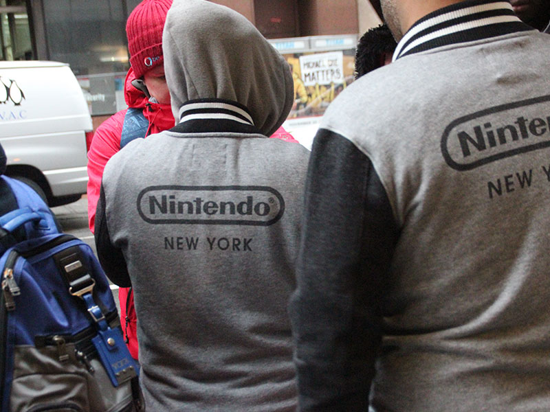 NES Classic Edition has gamers lining up at NYC Nintendo store