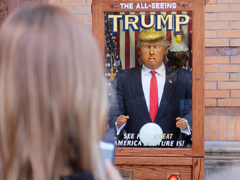Talking Trump Zoltar machine pops up in New York City
